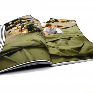 Kunstboek, kunstboeken, kunstuitgaven, stockmans, bruno devos, boekencurator, curatingartbooks, curatingarteditions, artbooks, iloveprinting, kunstcatalogus, artcatalogue, qualityprint, kunstdruk, kunstdrukkerij, passievoorboeken, luxedrukwerk, passievoordrukwerk, passionforprint, highendprinting, papierpatronen, confectie, confectiesector